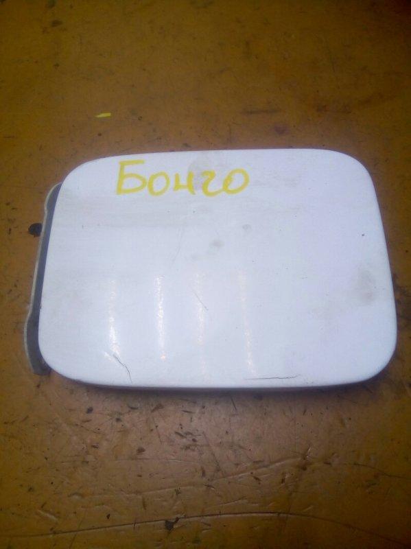 Лючок бензобака Mazda Bongo Friendee SG5W FEE