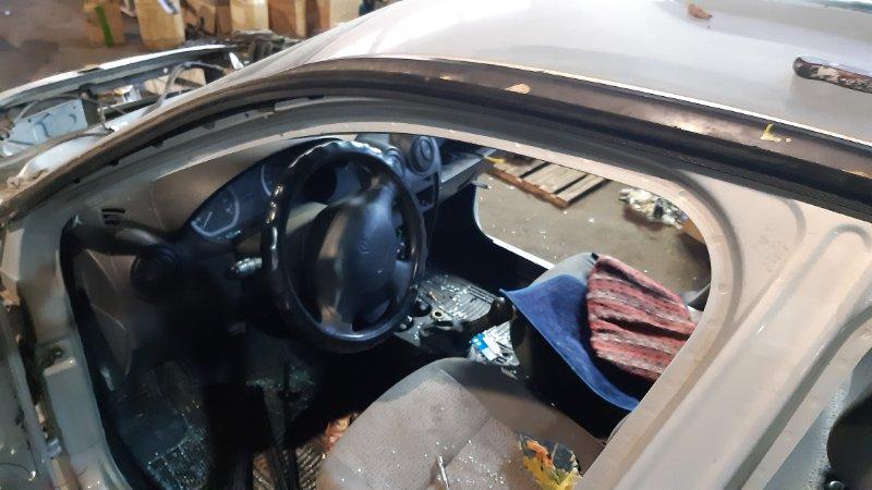 Уплотнитель двери Renault Logan LS0G D4D левый