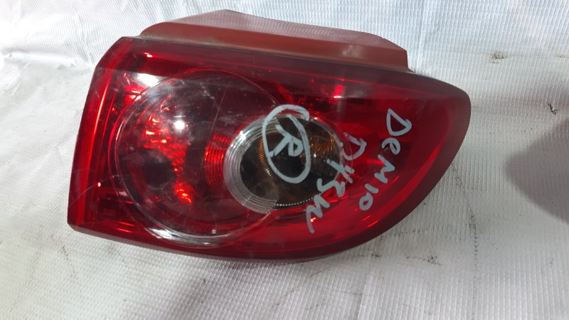 Стоп-сигнал Mazda Demio DY3W