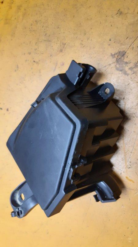 Корпус блока предохранителей Renault Logan LS0G D4D