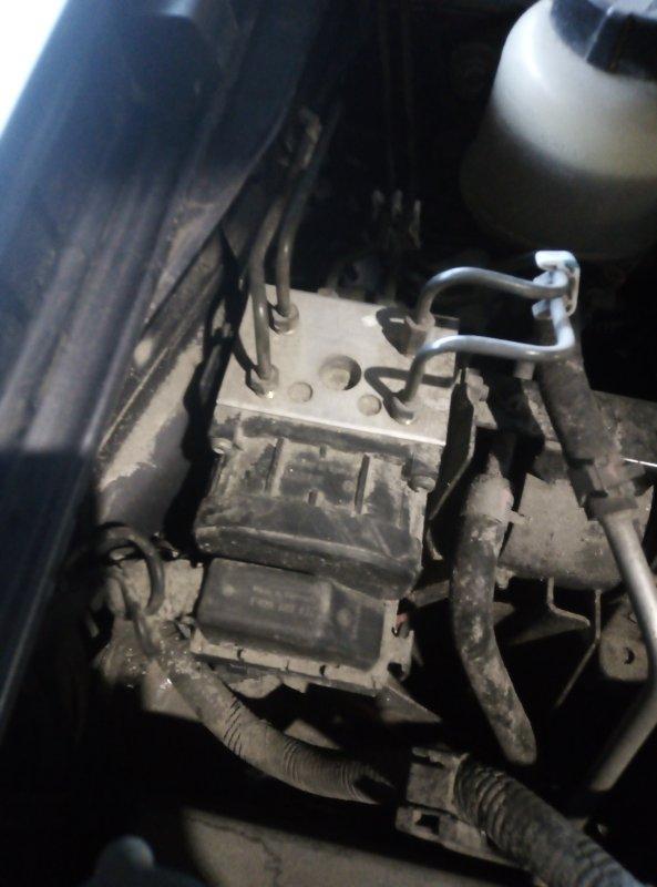 Блок abs Nissan Avenir PNW11 QG18DE 1998