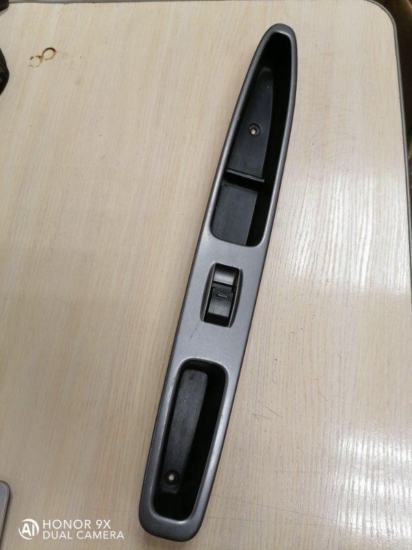 Кнопка стеклоподъемника Toyota Nadia ACN10 1AZFSE 1999 задняя правая