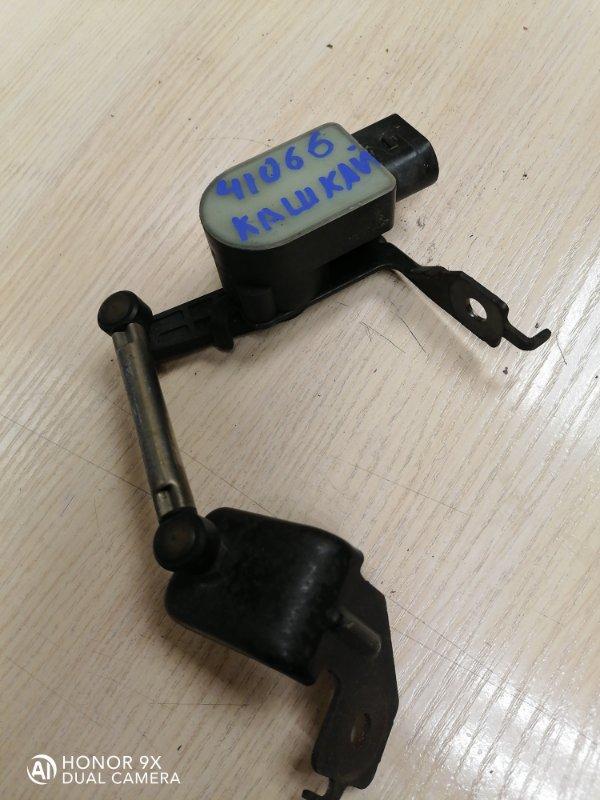 Корректор фары Nissan Dualis J10 MR20DE 2008