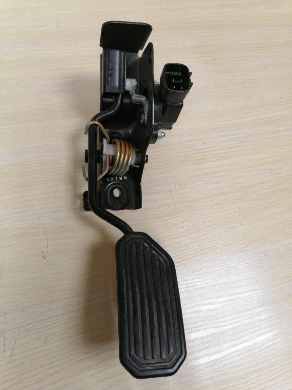 Педаль газа Toyota Avensis ADT251 1AZFSE