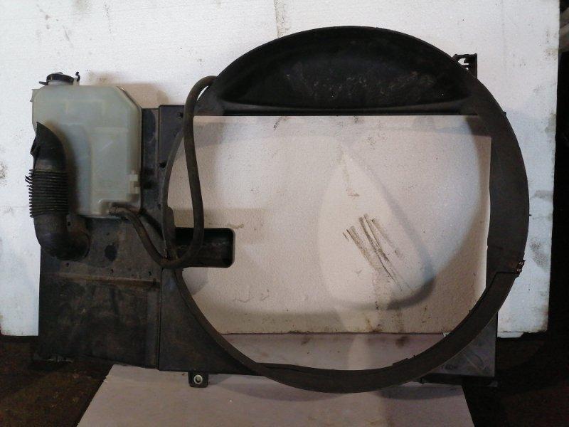 Диффузор радиатора Toyota Mark Ii GX110 1GFE