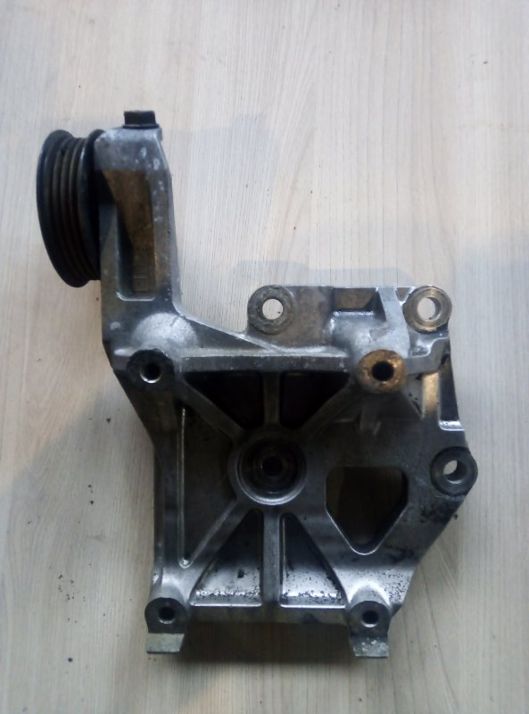 Ролик обводной Toyota 4AFE