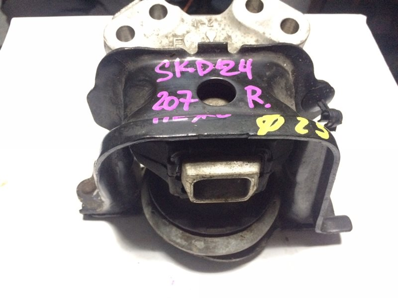 подушка двигателя PEUGEOT 207 WC EP6 2006-2009  правый