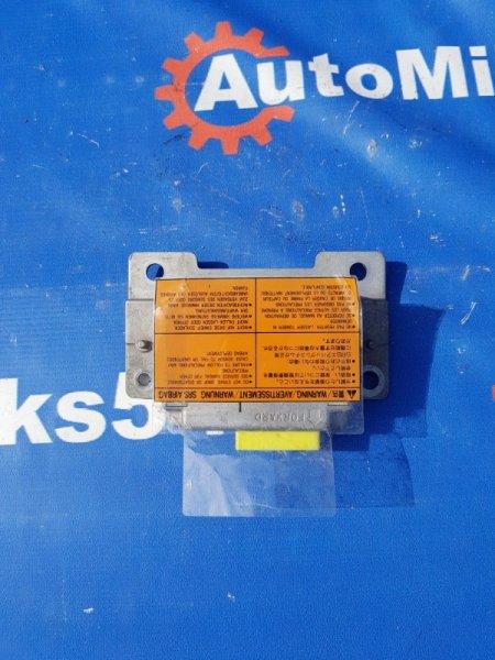 Блок управления аирбаг Nissan Laurel HC35
