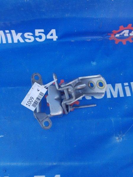 Петля двери Infiniti Fx35 задняя правая