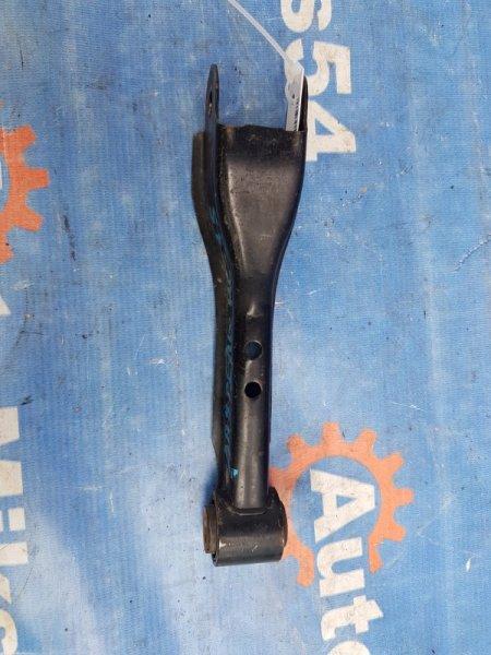 Рычаг подвески Nissan Laurel HC35 RB20 1998