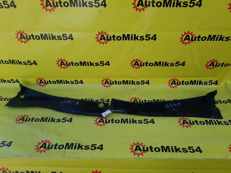 Решетка под лобовое стекло Toyota Markii GX90