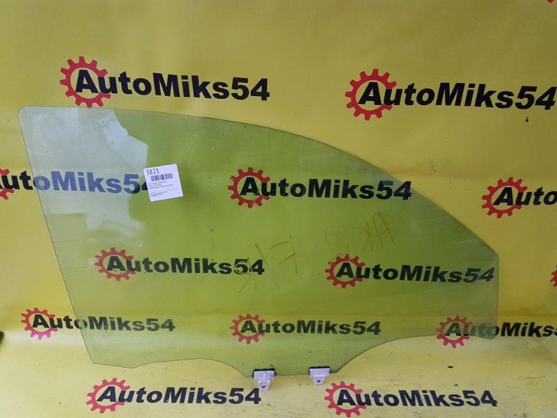 Стекло двери Nissan March AK12 переднее правое