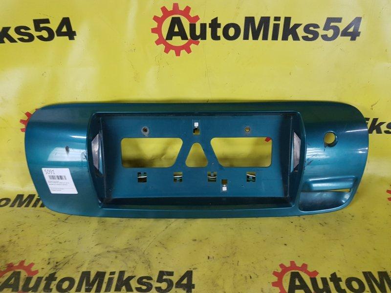 Накладка под номер Toyota Sprinter Carib AE111 4A-FE
