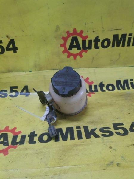 Бачок гидроусилителя Nissan Ad VY11 QG13