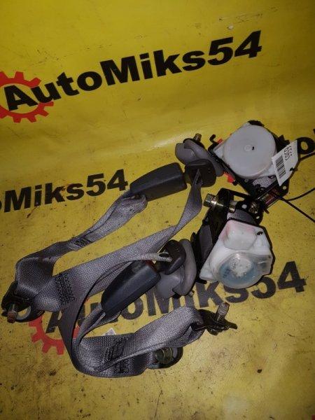 Ремень безопасности Nissan Wingroad WFNY11 QG15 2003 задний