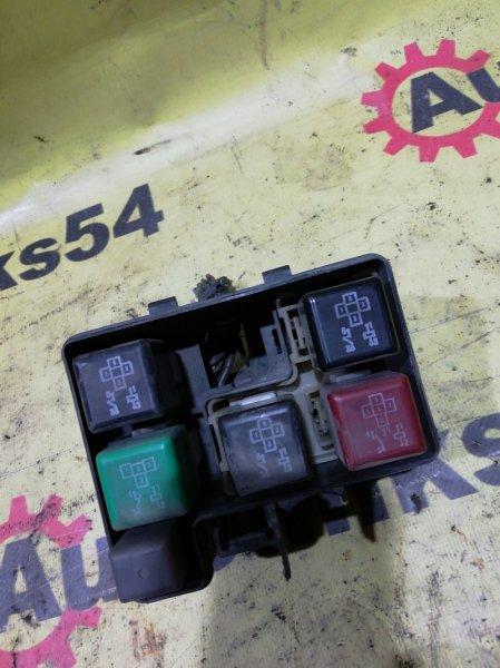 Блок предохранителей Toyota Rav4 SXA11 3S-GE