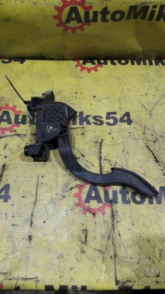 Педаль газа Hyundai Grand Starex H1 D4CB 2009