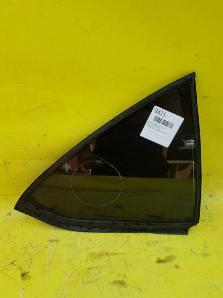 Форточка двери Toyota Allion ZZT240 задняя правая