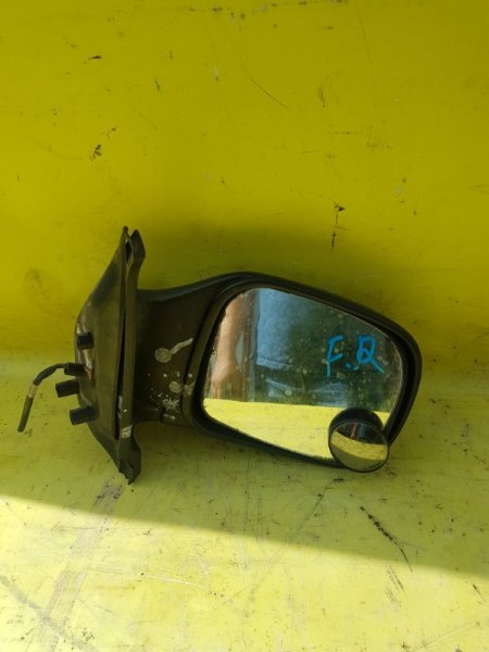 Зеркало Nissan Serena VC23 GA16 1997 переднее правое