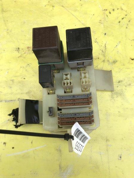 Блок предохранителей Mitsubishi Space Star 4G18 2004