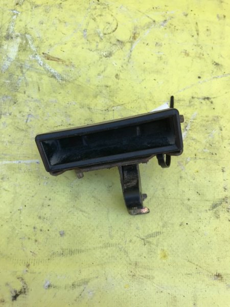 Ручка открывания багажника Honda Hr-V D16W 1999 задняя
