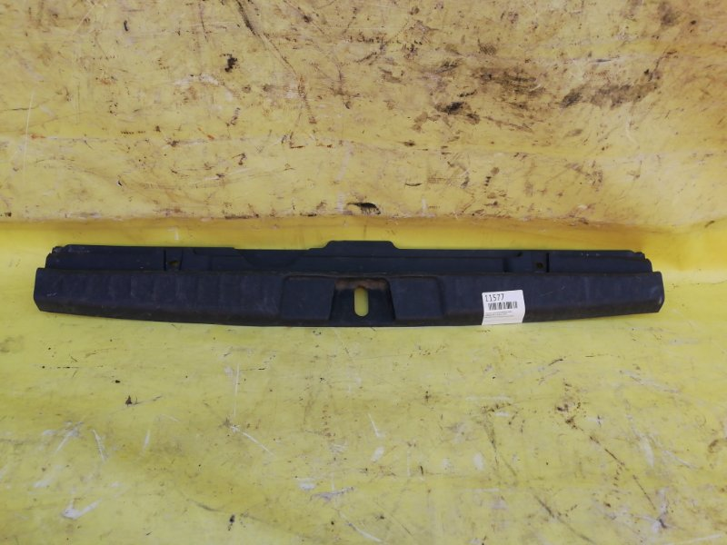 Пластик замка багажника Honda Hr-V D16W 1999 задний