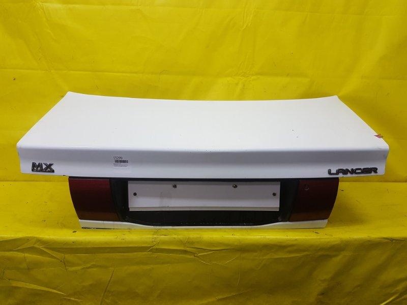 Крышка багажника Mitsubishi Lancer CD7A 4D65 1993