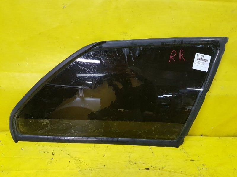 Стекло собачника Toyota Corolla AE104 3E 1993 заднее правое