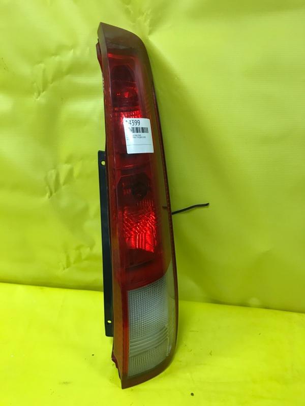 Стоп-сигнал Nissan X-Trail T30 QR20 2001 задний правый