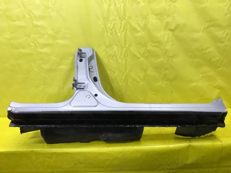 Стойка кузова Nissan X-Trail T30 QR20 2001 правая