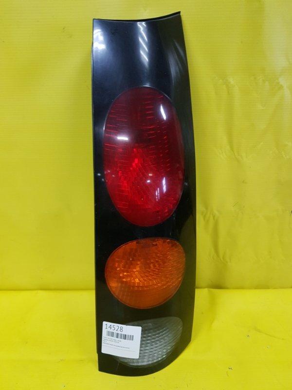 Стоп-сигнал Toyota Raum EXZ10 задний правый