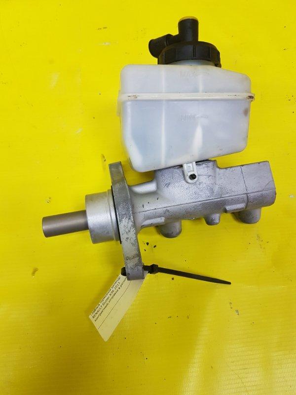 Главный тормозной цилиндр Renault Duster K9K 2013