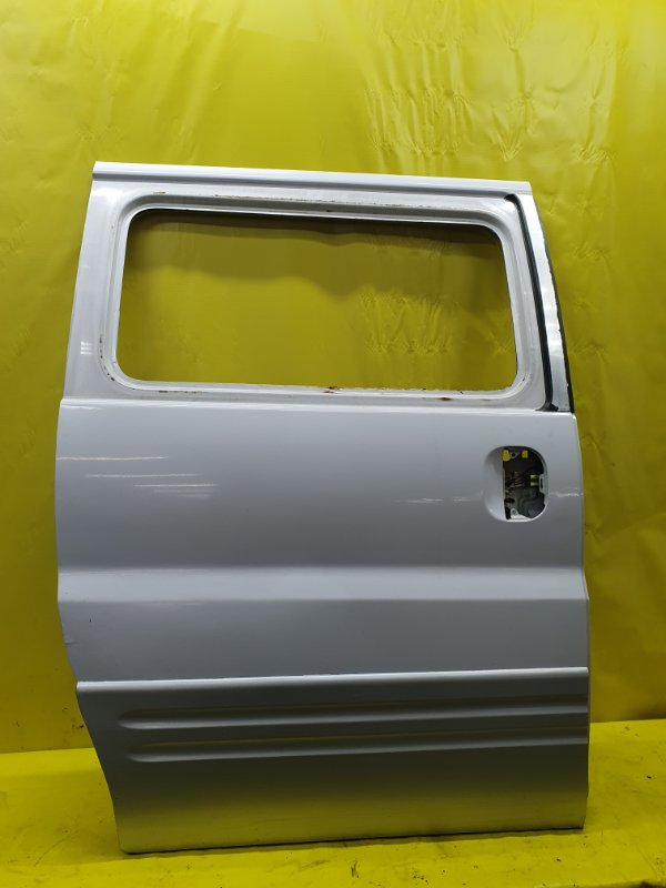 Дверь Hyundai Starex D4BH 2002 правая