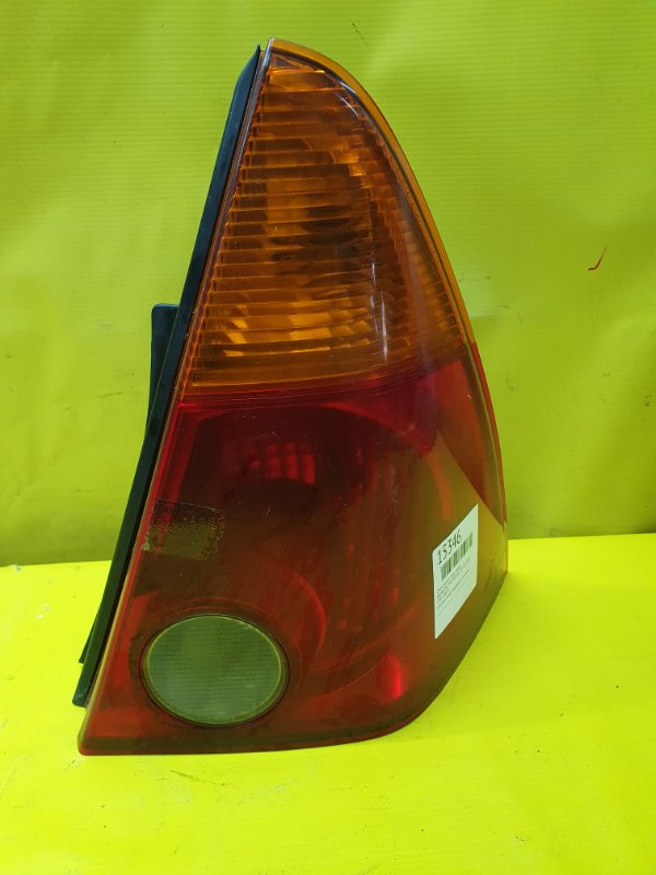 Стоп-сигнал Daihatsu Yrv M201G K3-VE 2000 задний правый