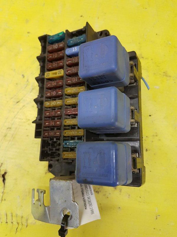 Блок предохранителей Nissan Bluebird EU13 SR18(DE) 1995
