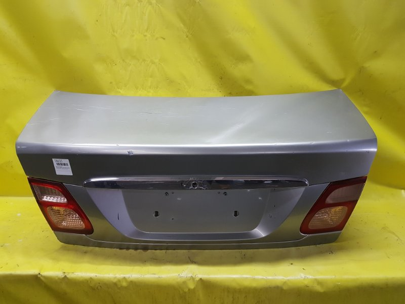 Крышка багажника Nissan Bluebird Sylphy QNG10 QG18 2001