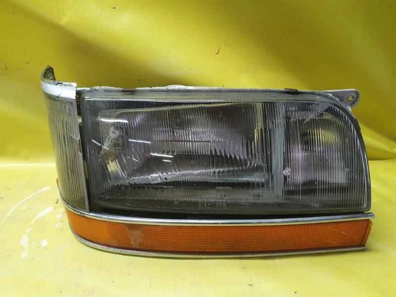 Фара Toyota Hiace LH107 3L 1990