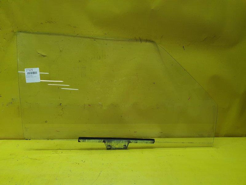 Стекло двери Ford Taunus BP 1982 переднее правое