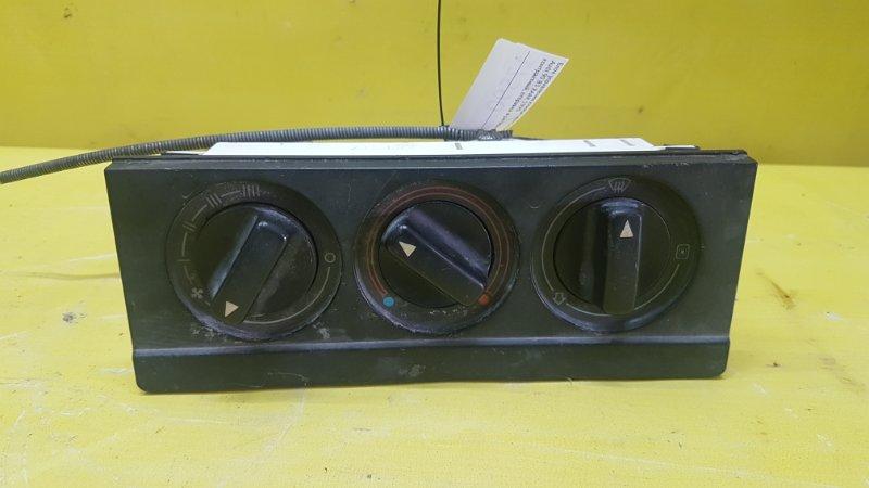 Блок управления климат-контролем Audi 90 B3 XAAR 1990