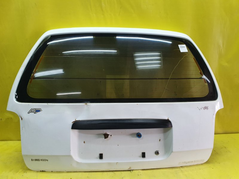 Крышка багажника Nissan Ad VEY10 CD20 1999