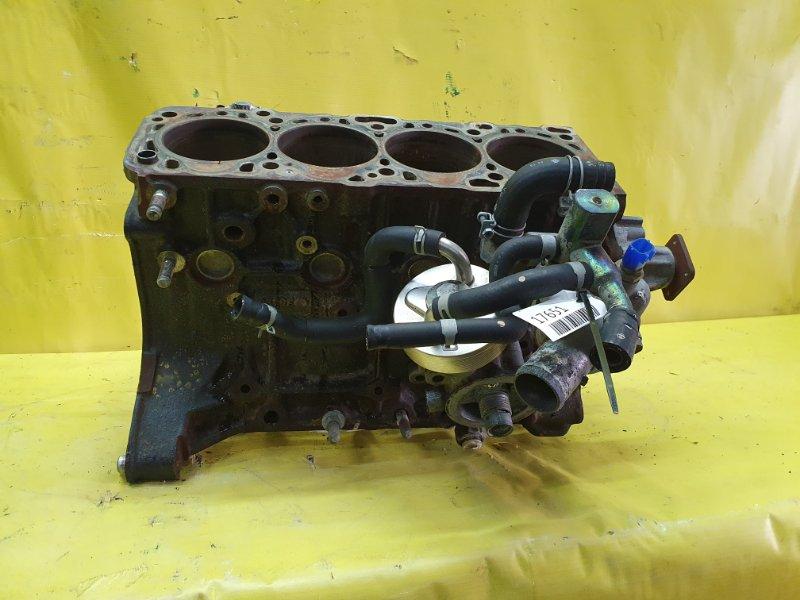Блок двигателя Nissan Ad VEY10 CD20 1999