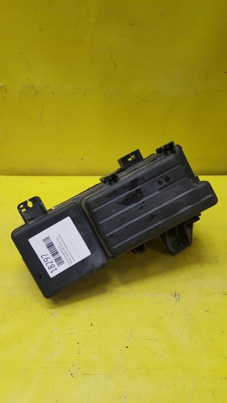 Блок предохранителей Honda Odyssey RB1 K24A 2005