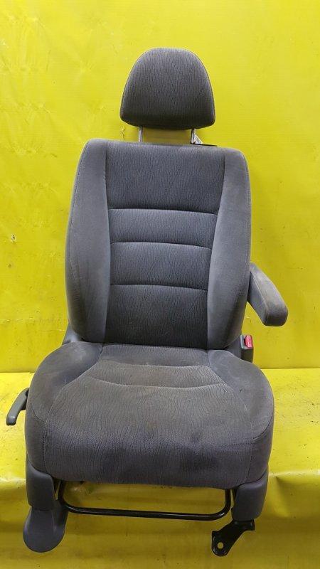 Сидение Honda Odyssey RB1 K24A 2005 переднее правое