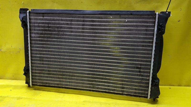 Радиатор основной Audi A4 8E5880742A AMB 2003