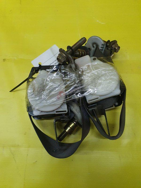 Ремень безопасности Honda Odyssey RB1 K24A 2005 задний