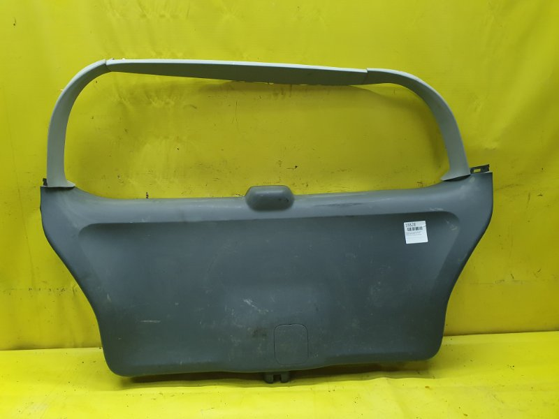 Обшивка крышки багажника Honda Odyssey RB1 K24A 2005 задняя