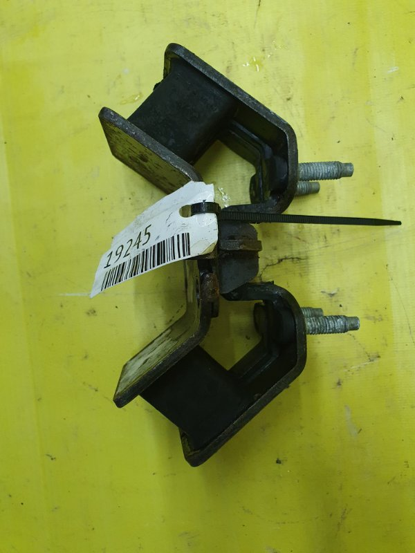 Подушка двигателя Toyota Chaser GX90 1G-FE задняя