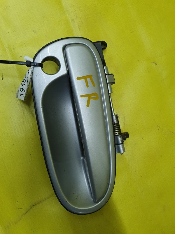 Ручка двери внешняя Hyundai Matrix G4ED 2005 передняя правая