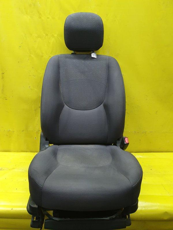 Сидение Hyundai Matrix G4ED 2005 переднее правое