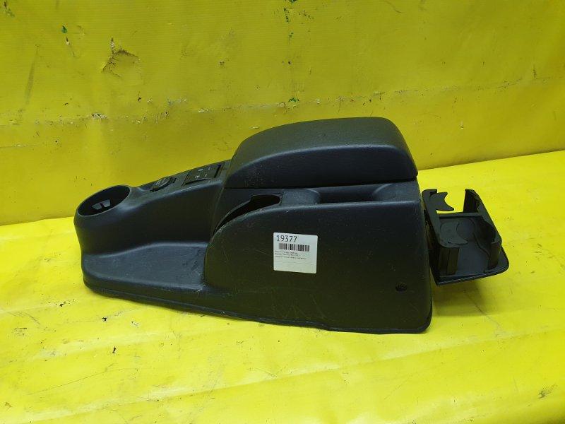 Консоль между сидений Hyundai Matrix G4ED 2005